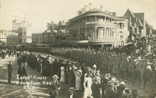 Soldiers Marching SLQ 58515
